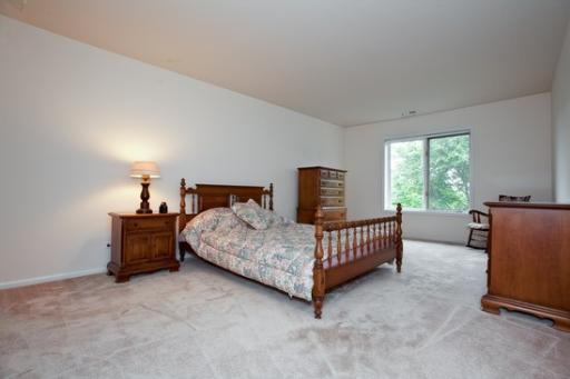 Homes for Sale 701 Lake Hinsdale Drive #507 Willowbrook, IL